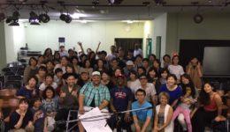 アメリカ人講師による大阪のゴスペルワークショップの集合写真