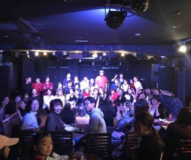 大阪で行われたフェイスゴスペル姉妹校オーサムフェイスとゴールデンドロップスクワイアのゴスペルライブ集合写真